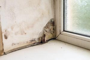 サッシの雨漏り初期症状イメージ