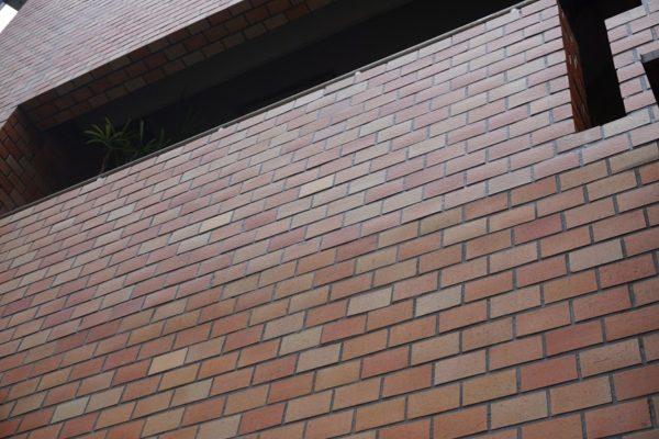 外壁のタイル調査
